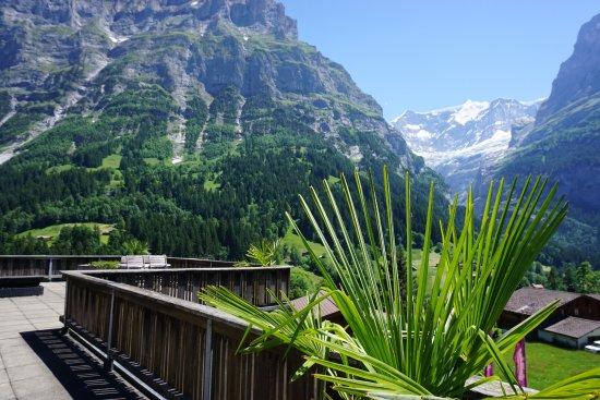 Alpenblick Hotel Pub & Restaurant: Dachterrasse für Hotelgäste