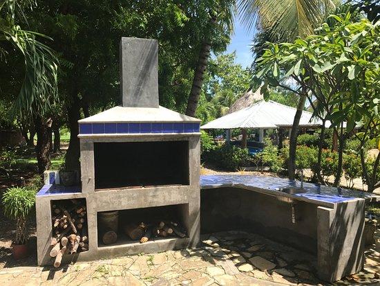 Rivas, Nicaragua: Outdoor BBQ in the courtyard.