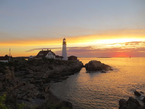 Portland Head Light: The lighthouse at sunrise