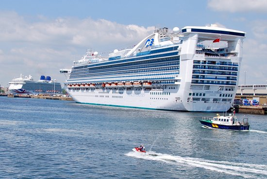 Cruises From Southampton >> Good For Cruise Ship Pictures Blue Funnel Cruises
