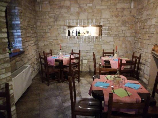 Merate, Италия: La saletta del camino: calda ed intima