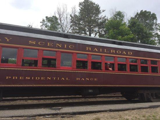 Conway Scenic Railroad: photo2.jpg