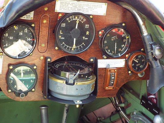 Red Hook, Estado de Nueva York: Cockpit Instruments