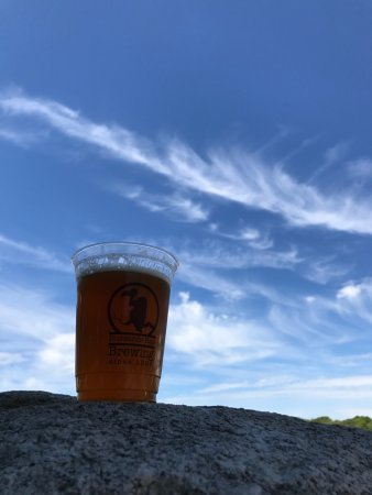 Westport, MA: Perfect day for a beer