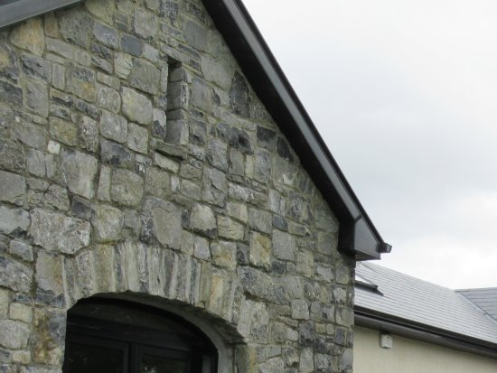 Corofin, Irlandia: Entrance to farm