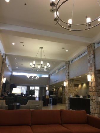 Jeffersonville, IN: Lobby