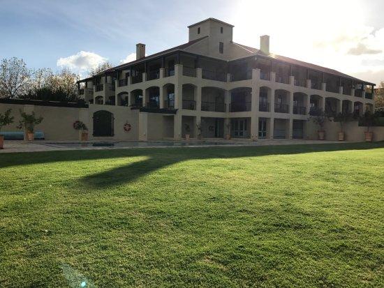 Asara Wine Estate & Hotel: guest block