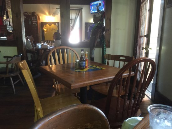 The Cock N' Bull Pub: Inside