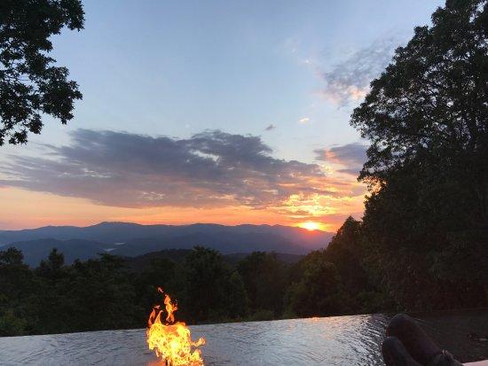 Fire Mountain Inn: photo0.jpg