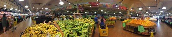 Doraville, GA: Produce area