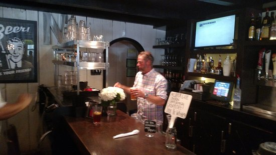 Grand Blanc, MI: Jeff, best bartender!!!