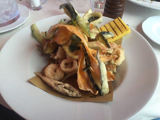 Torcello, Włochy: fritto misto di pesce e verdure