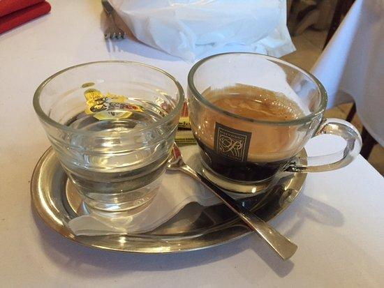 Mosonmagyaróvár, Magyarország: Kaffee