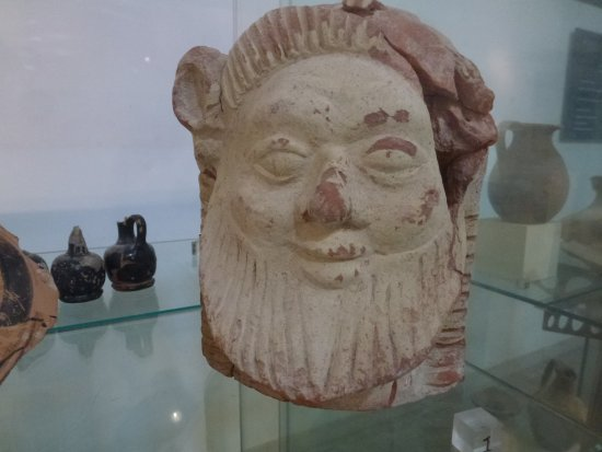 Isola di Mozia (Mothia)/ San Pantaleo: Terracotta effigy