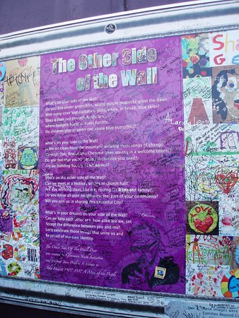 Greystones, Irland: The Peace Wall, Belfast