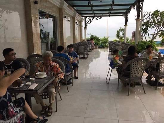 Long Hai, Vietnam: dining out door near pool area.
