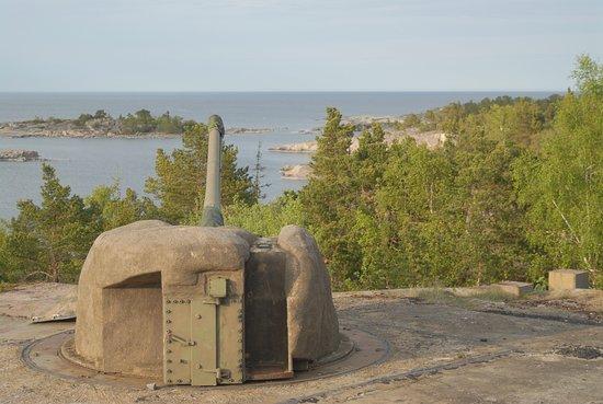 Norrtalje, Szwecja: Kanonen uppe på Batteri Arholma