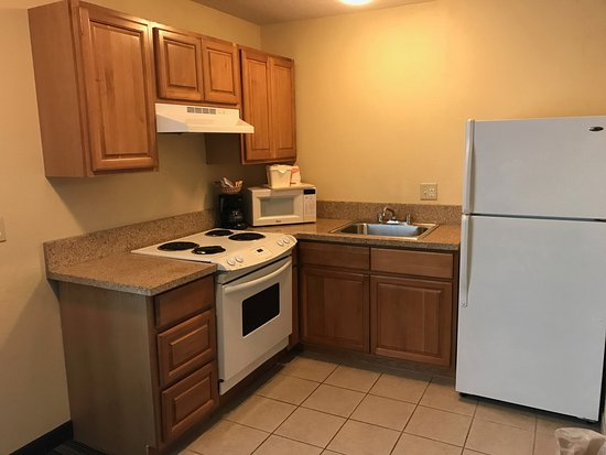 quality inn suites updated 2017 prices reviews. Black Bedroom Furniture Sets. Home Design Ideas