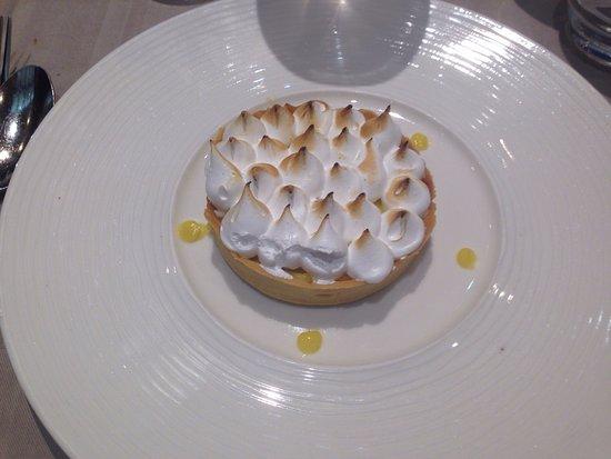 La Mere Champlain Hotel Restaurant : photo0.jpg