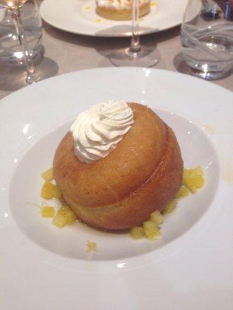La Mere Champlain Hotel Restaurant : photo1.jpg