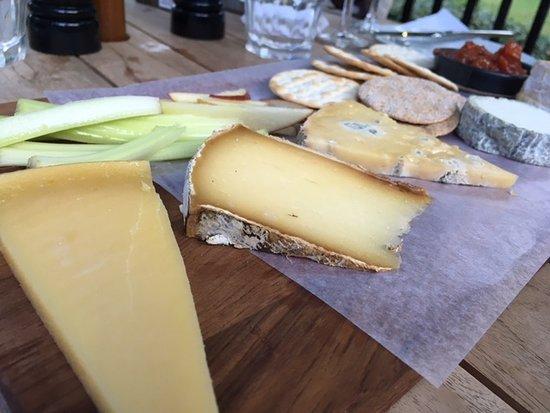 East Horsley, UK: Cheese