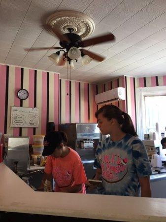 McDonald, بنسيلفانيا: Ordering counter