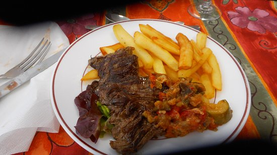 Linieres-Bouton, France: Steak and Fries