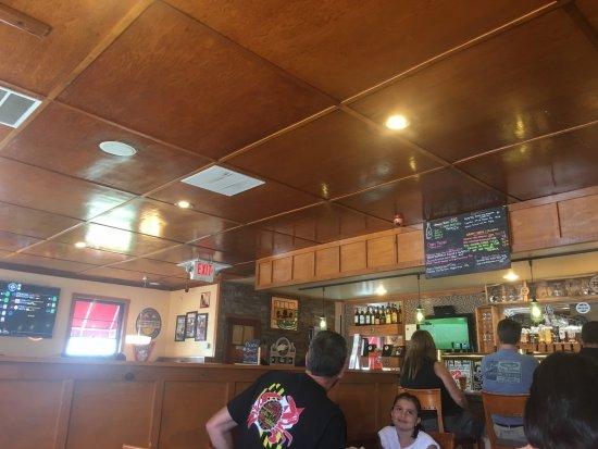 Roasthouse Pub: Interior photo