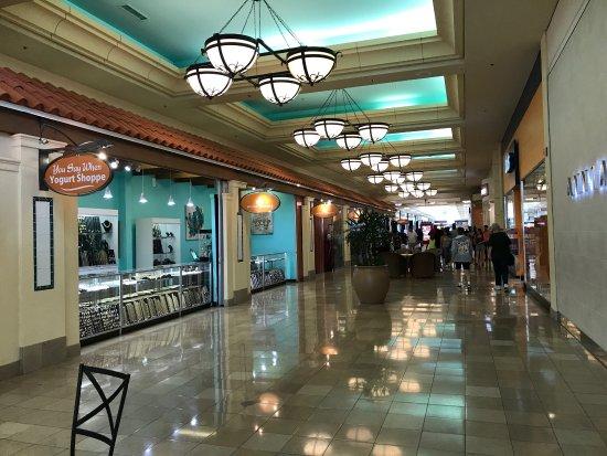 WestShore Plaza