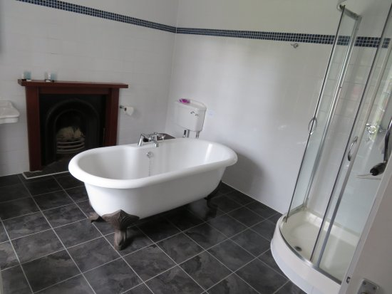 ‪‪Strath Tummel‬, UK: Fab bathroom‬
