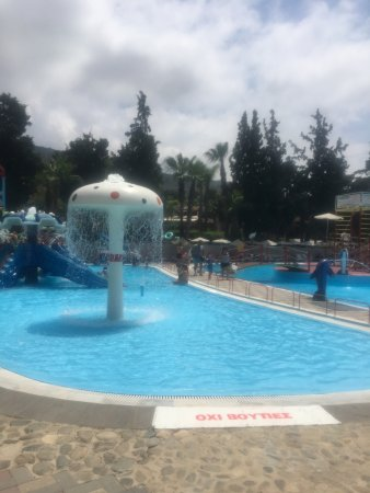 Limnoupolis Water Park : photo0.jpg