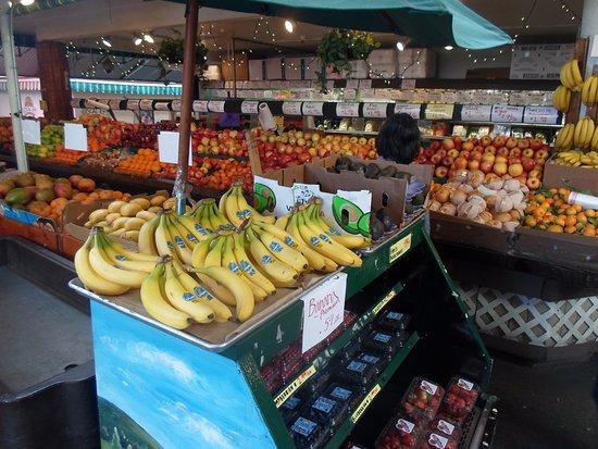 The Original Farmers Market: Muitas frutas