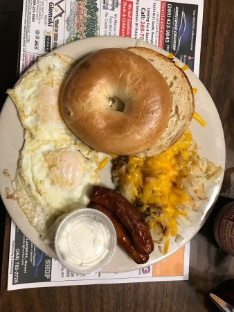 Decatur, MI: Hard Times Family Diner