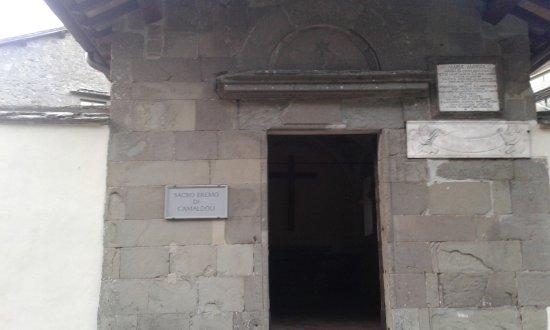 Camaldoli, Italia: 20170615_202655_large.jpg