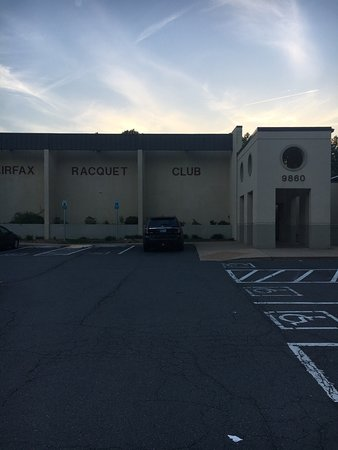 ‪Fairfax Racquet Club‬