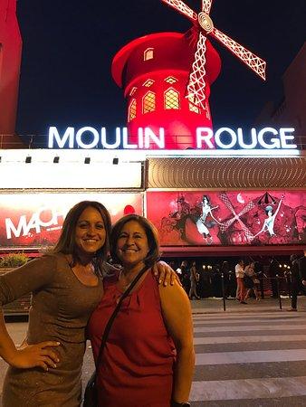 Photo of Monument / Landmark Moulin Rouge at 82 Boulevard De Clichy, Paris 75018, France