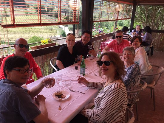 Taverna Del Guerrino : Great time with friends, family and view!