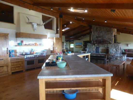the pioneer woman mercantile lodge kitchen - Pioneer Woman Kitchen