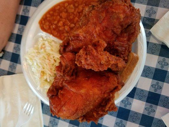 Gus's World Famous Fried Chicken صورة فوتوغرافية