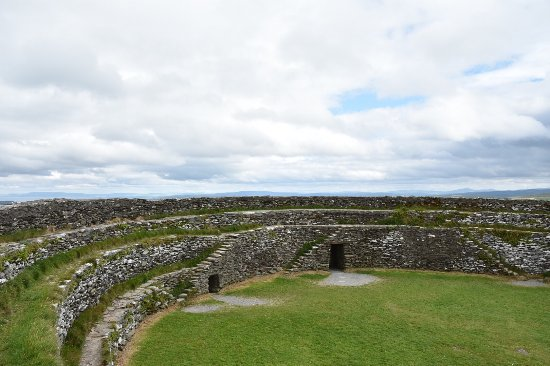 Grianan Of Aileach: photo1.jpg