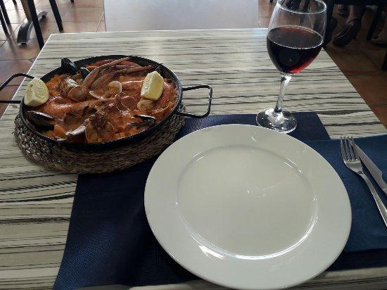 Segur de Calafell, Spain: Autentica Paella