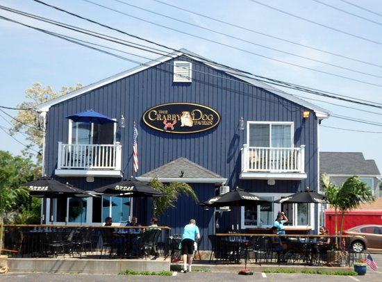 Crabby Dog Tavern - Across from the seawall in Stratford, CT