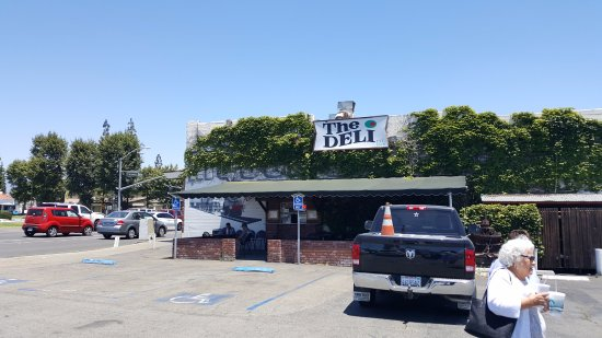Rancho Cucamonga, แคลิฟอร์เนีย: I love The Deli - Foothill and Archibald.