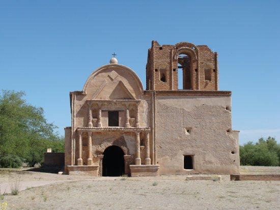 Tumacacori, AZ: Front of the church