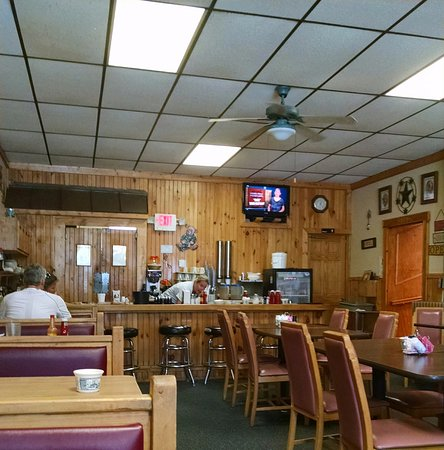 West Newton, Pensilvania: Small town and tasty