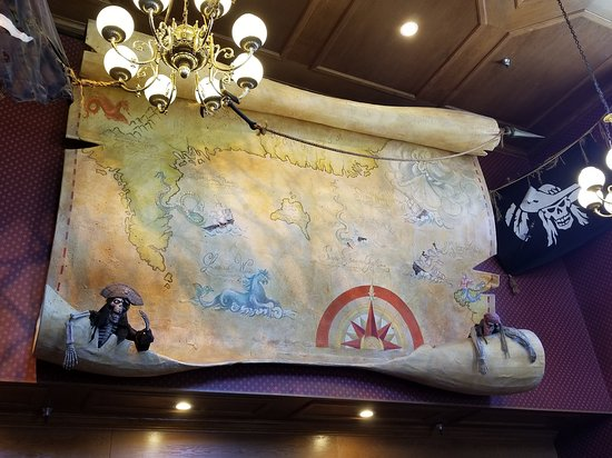 Buena Park, CA: Giant map above the entrance to the seating area