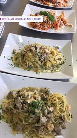 Zafferana Etnea, Italien: Ristorante Pizzeria al Monterosso