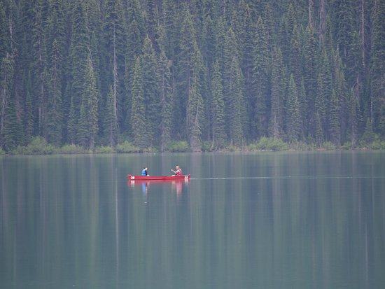 Some lucky people canoeing on Emerald Lake