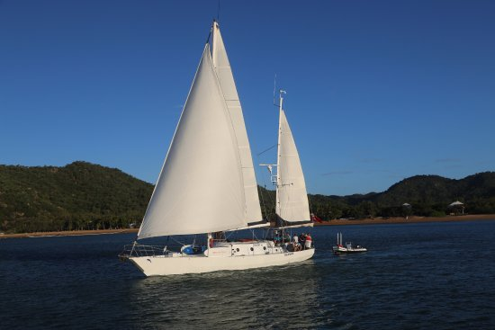Big Mama Sailing: Sailing Magnetic Island