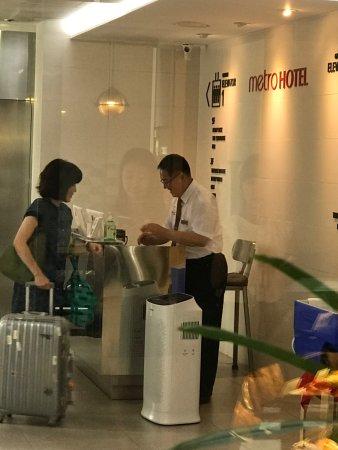 Metro Hotel: photo0.jpg